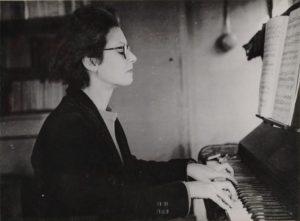 Elsa Barraine 1940 by Public domain