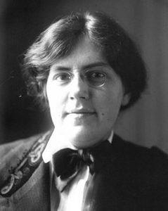 Nadia Boulanger 1910 by Agence de presse Meurisse / Public domain